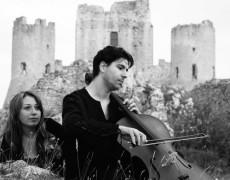 Inno alla musica e alla bellezza dell'Abruzzo.